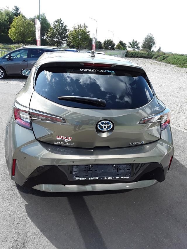 Toyota Corolla Premium Plus 2.0 Hybrid 2,0 Hybrid - ... 4/8