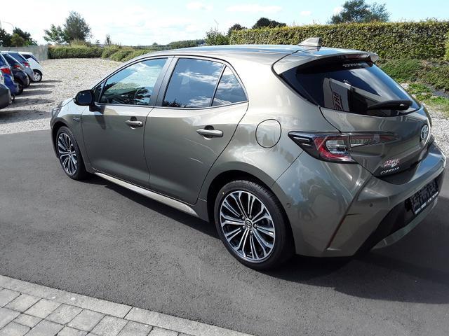 Toyota Corolla Premium Plus 2.0 Hybrid 2,0 Hybrid - ... 5/8