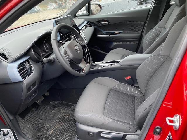 Toyota C-HR C-LUB Premium 1.8 Hybrid 122PS/90kW CVT ... 6/7