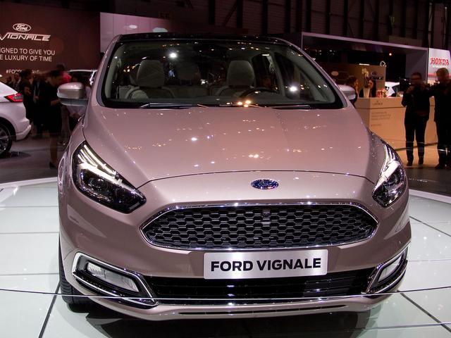 Ford S-Max Titanium Facelift EcoBlue 2,0 190PS 8-G... 2/4