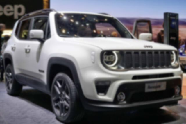Jeep RENEGADE Limited 2.0 MJT 140PS/103kW 6G 4x4 2...
