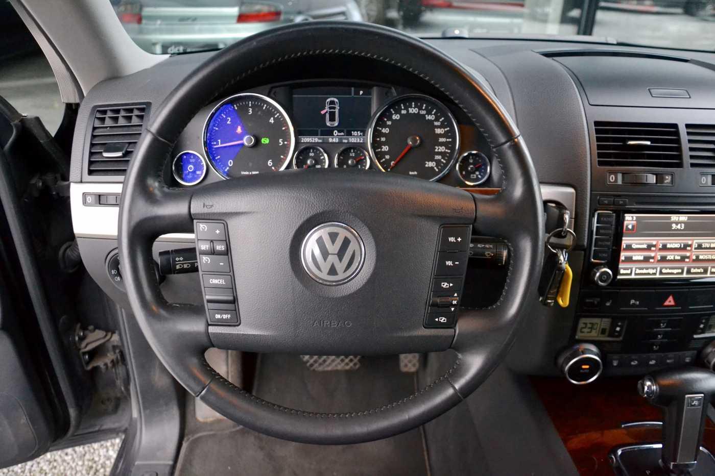 Volkswagen Touareg Mark 1 (2003 - 2009) 3.0 CR TDi V6 DPF Tiptronic Leder Towbar