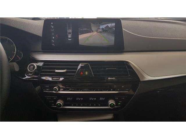 BMW 520 Saloon dA Sophistograu leder Navi Pro 18' velgen Headup