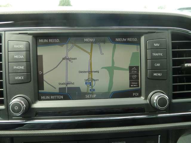 SEAT Leon 1.6 CR TDi Style DSG LEER/CUIRE*NAVI*GARANTIE*LED