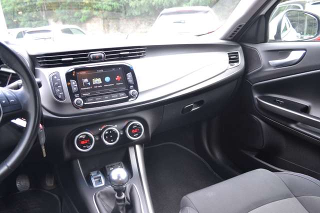 Alfa Romeo Giulietta 1.4 TB Ja 16', Navi, Bluetooth, usb, 1er prop!