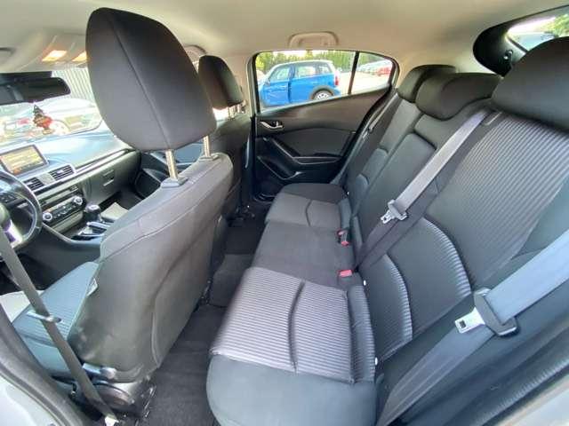 Mazda 3 2.2 D * GPS * CLIM AUTO * RADAR AR * ATT REM *