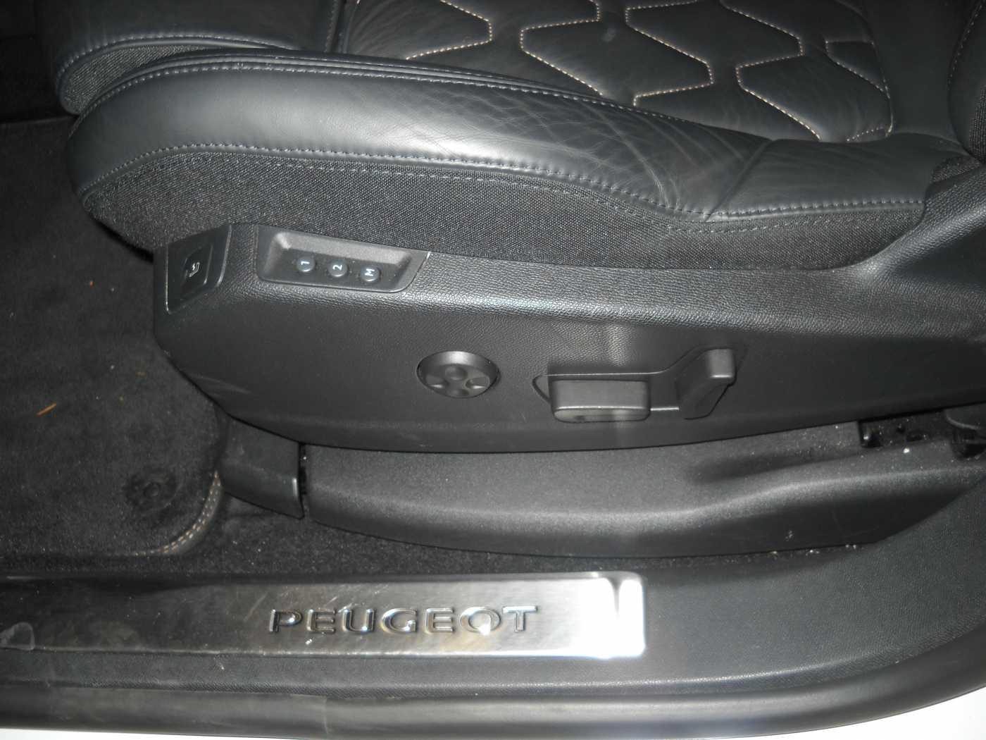 Peugeot 3008 2.0 BlueHDi GT 8/11