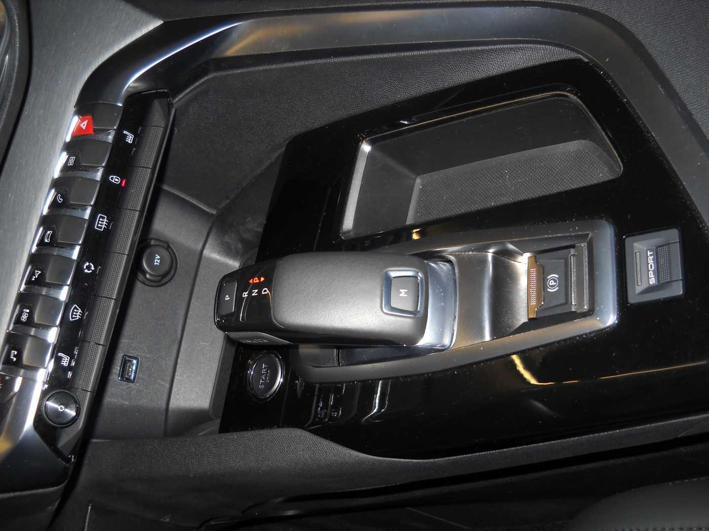 Peugeot 3008 2.0 BlueHDi GT 11/11