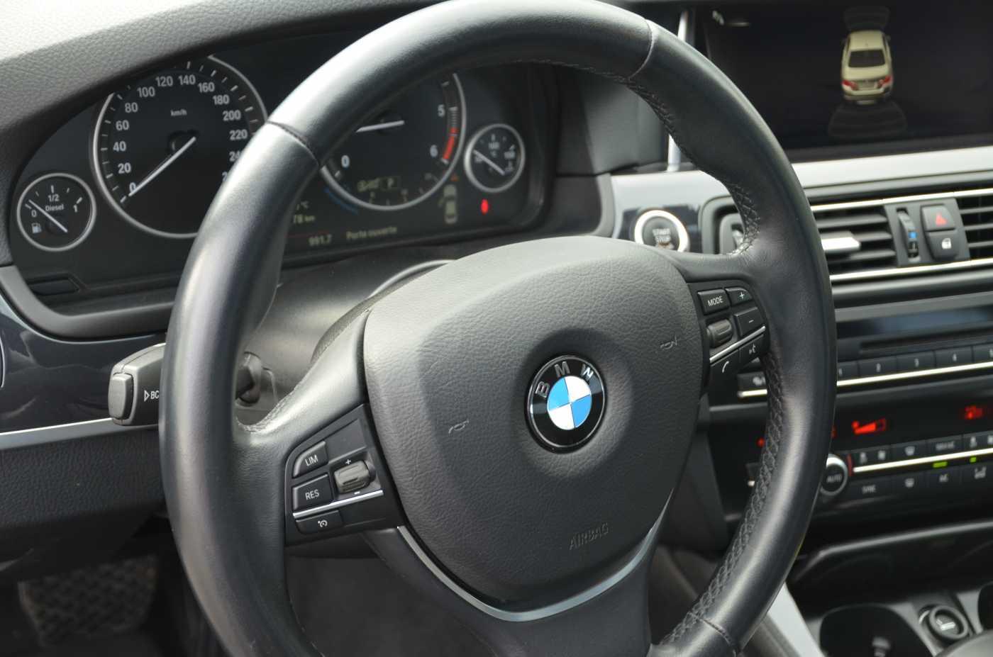 BMW 5 DIESEL - 2015 518 dA 9/12