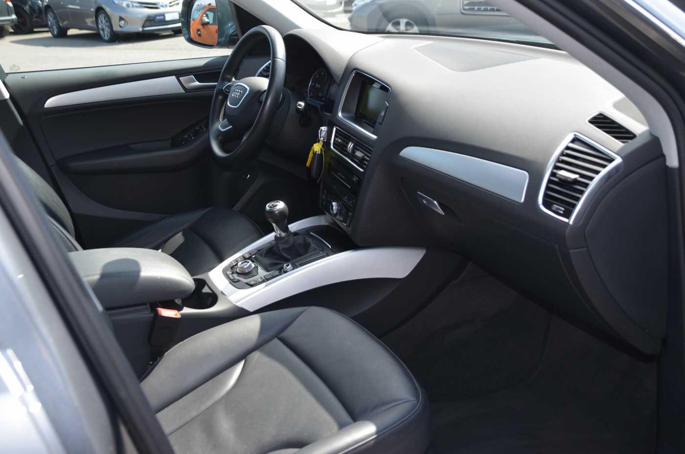 Audi Q5 2.0 TDi Design 2/12