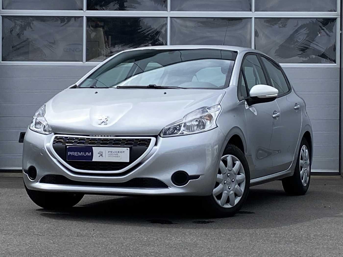 Peugeot 208 1.0i Like 1/3