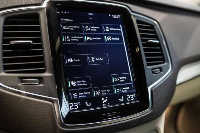 Volvo XC90 2.0 D5 4WD* Geartronic*Full Leder*DAB Radio*Automa 17/30