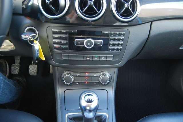 Mercedes B 180 1.6i navi leder pdc v+a 58000km! 7/10