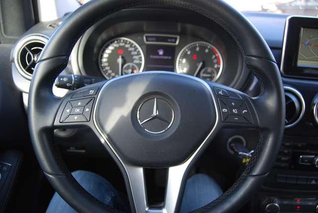 Mercedes B 180 1.6i navi leder pdc v+a 58000km! 9/10