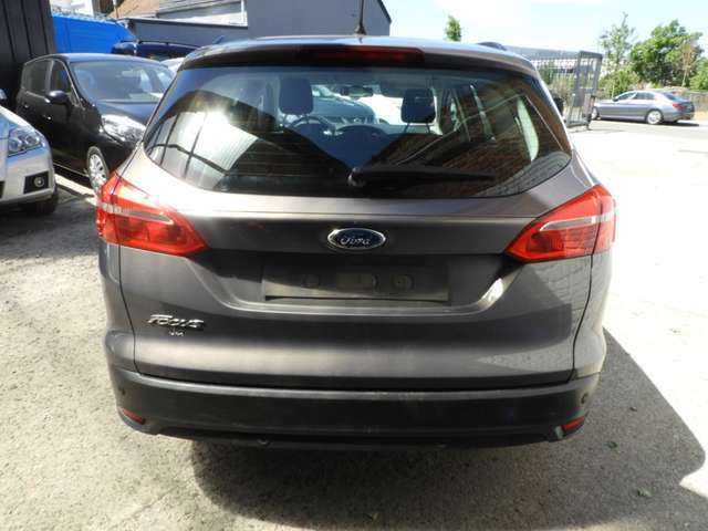 Ford Focus 1.5 TDCi ECOnetic Business Edition+Navi 4/14