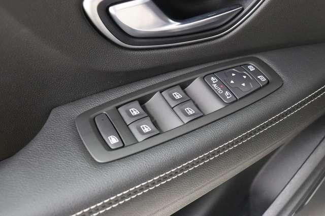 Renault Scenic 1.3 TCe Intens EDC 7-Zit ** Pano - Camera - BLIS 11/24