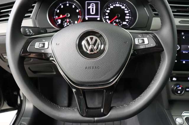 Volkswagen Passat Estate Mark 1 1.4 TSI Trendline *Navigatie -LED -Bluetooth - PDC 15/21
