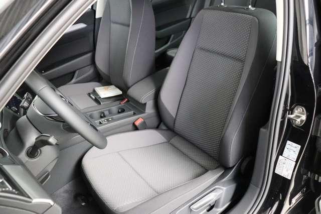 Volkswagen Passat Estate Mark 1 1.4 TSI Trendline *Navigatie -LED -Bluetooth - PDC 8/21