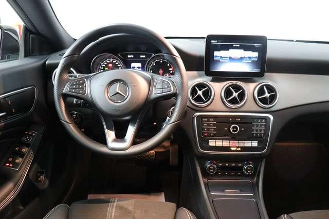 Mercedes CLA 200 d Shooting Brake 7G-DCT ** Camera - Navi - Led 13/30