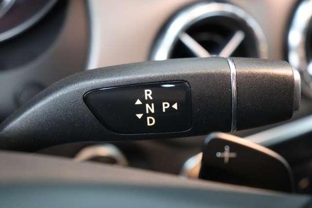 Mercedes CLA 200 d Shooting Brake 7G-DCT ** Camera - Navi - Led 16/30
