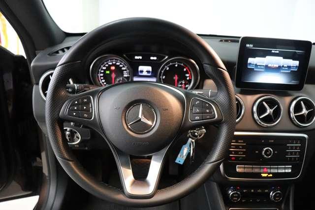 Mercedes CLA 200 d Shooting Brake 7G-DCT ** Camera - Navi - Led 18/30