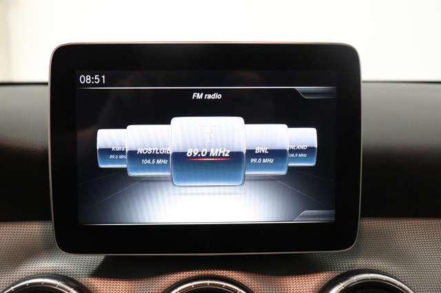 Mercedes CLA 200 d Shooting Brake 7G-DCT ** Camera - Navi - Led 20/30
