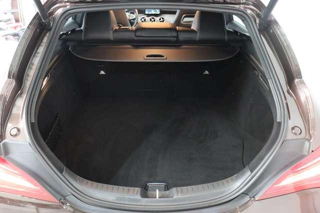 Mercedes CLA 200 d Shooting Brake 7G-DCT ** Camera - Navi - Led 29/30