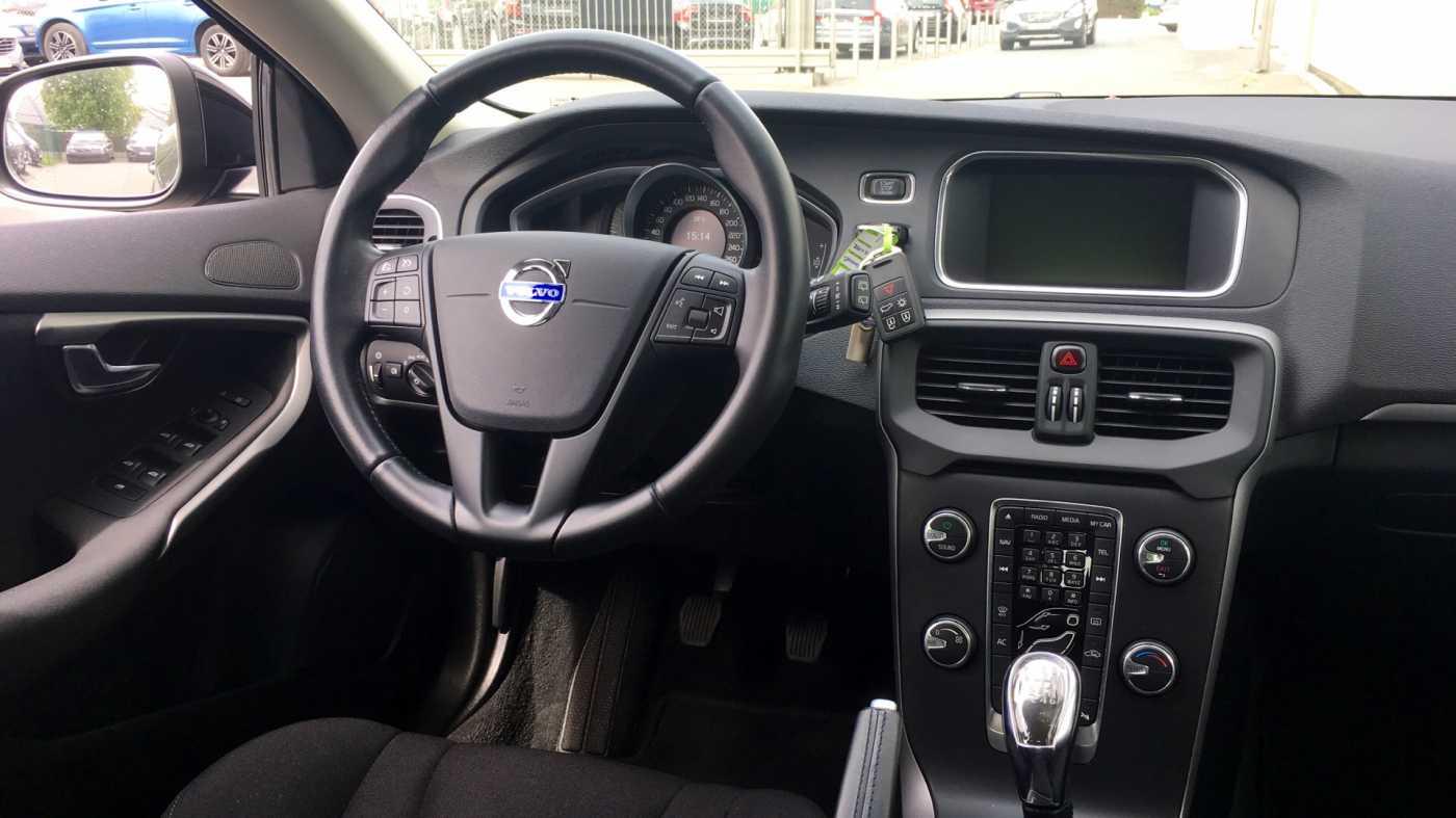 Volvo V40 D2 (115) Kinetic, Motion Pack, reservewiel 7/12