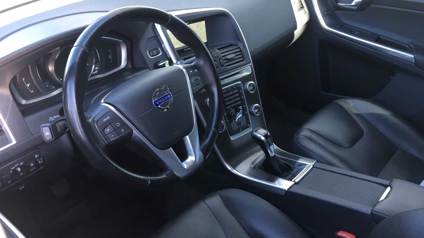 Volvo XC60 D4 181pk MAN Summum, Winterpack, GPS, Reservew, Getinte ramen 5/11