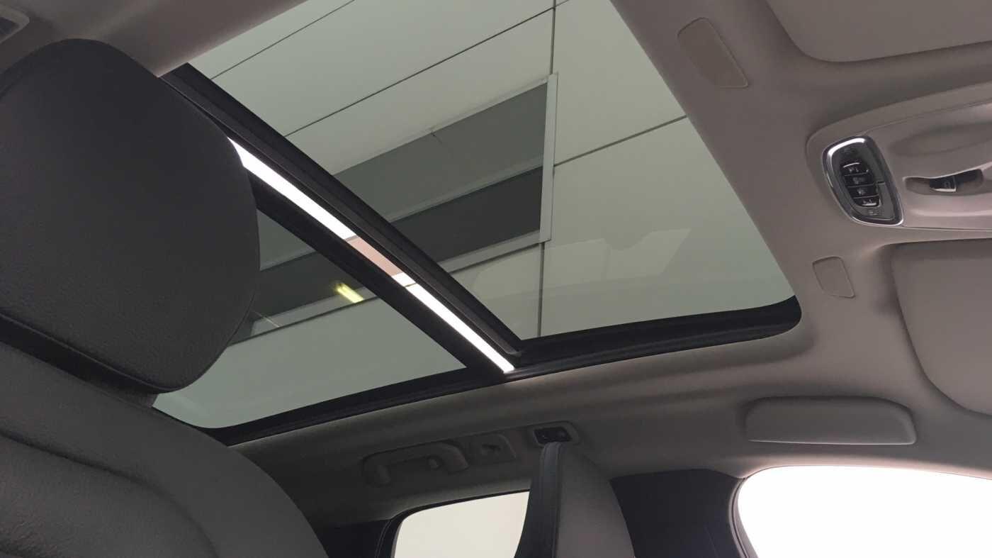 Volvo XC60 Momentum Pro T6 AWD Geartronic met Polestar Optimalisation, 20' , Luchtvering,.. 17/17