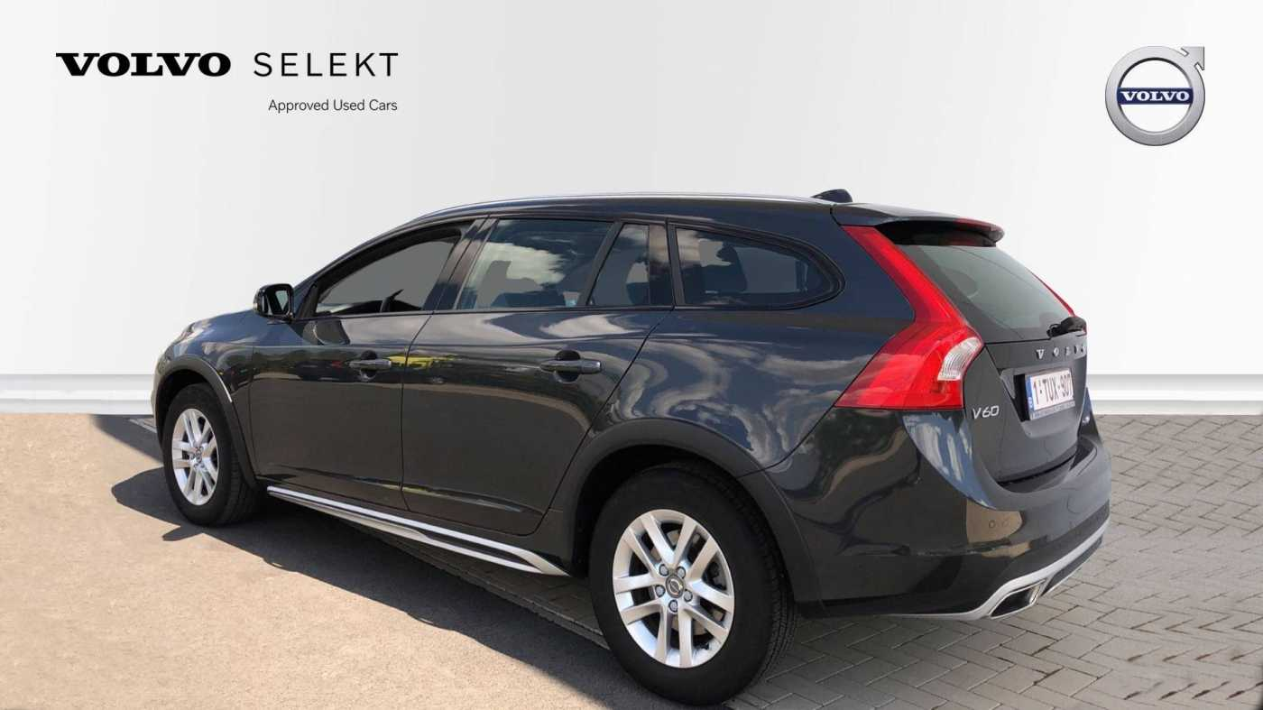 Volvo V60 Cross Country Cross Country D3 150pk, GPS, On Call 4/11