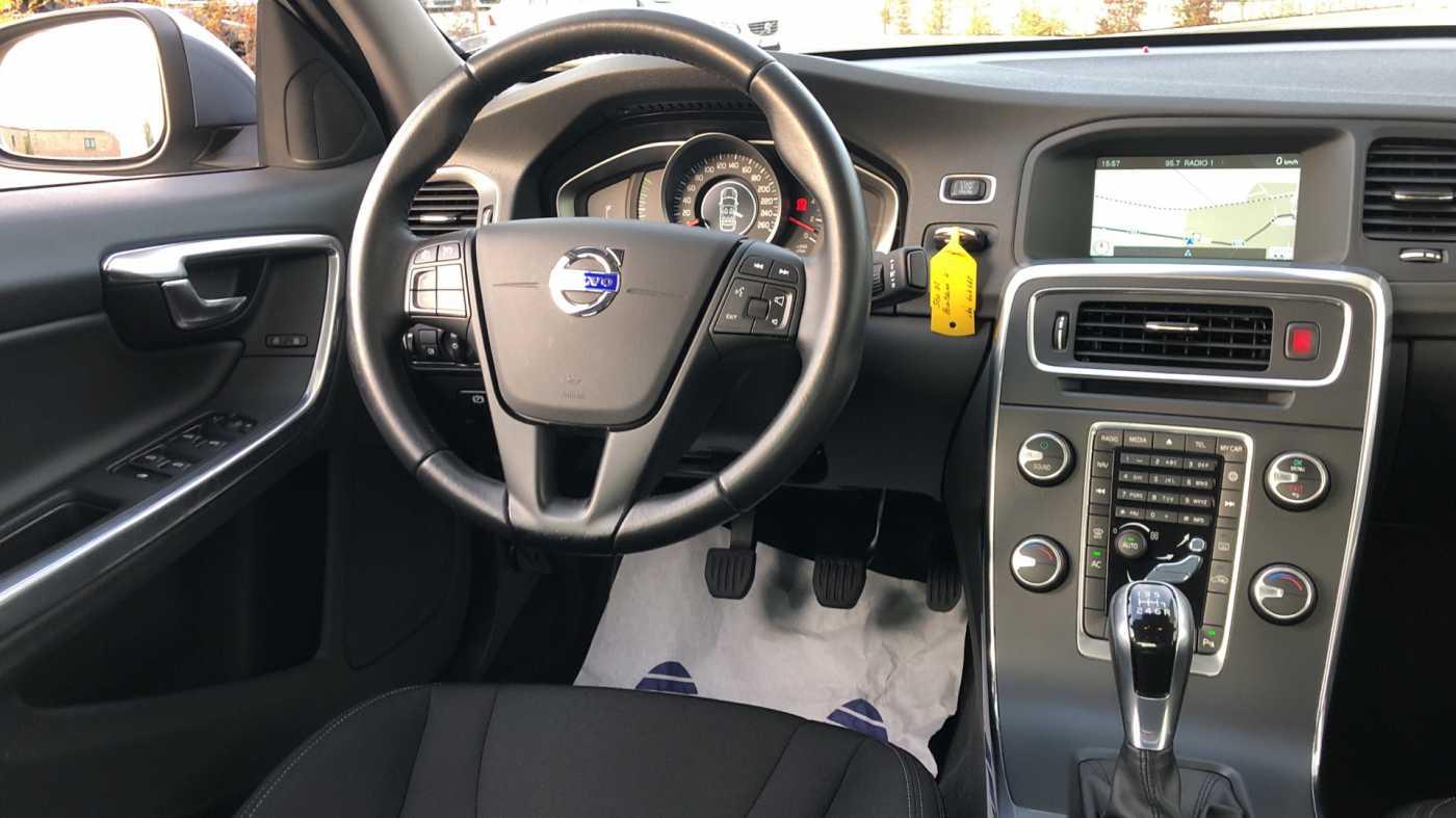 Volvo S60 D2 120pk MAN Kinetic, GPS, Bluetooth, Park Assist 7/11