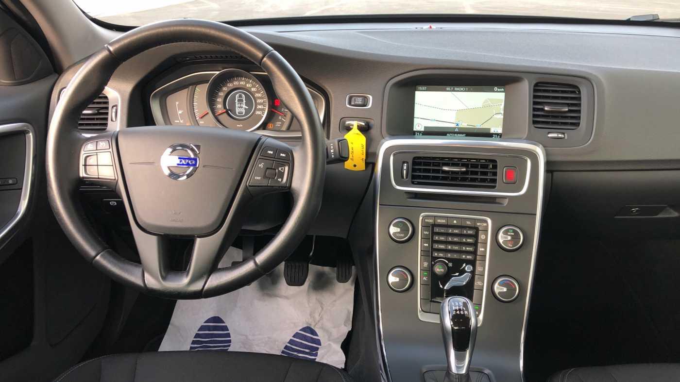 Volvo S60 D2 120pk MAN Kinetic, GPS, Bluetooth, Park Assist 8/11