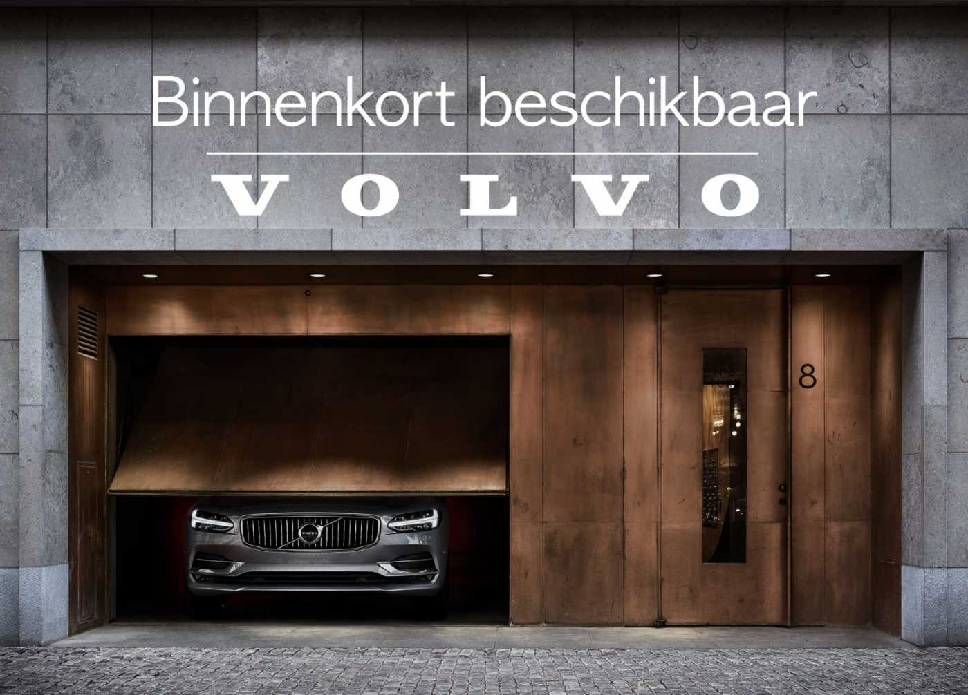 Volvo V40 Black Edition T2 Geartronic 1/2