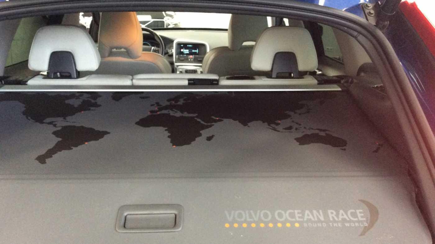 Volvo XC60 D4 (190) AUT Volvo Ocean Race + Navi + Leder + ... 13/25