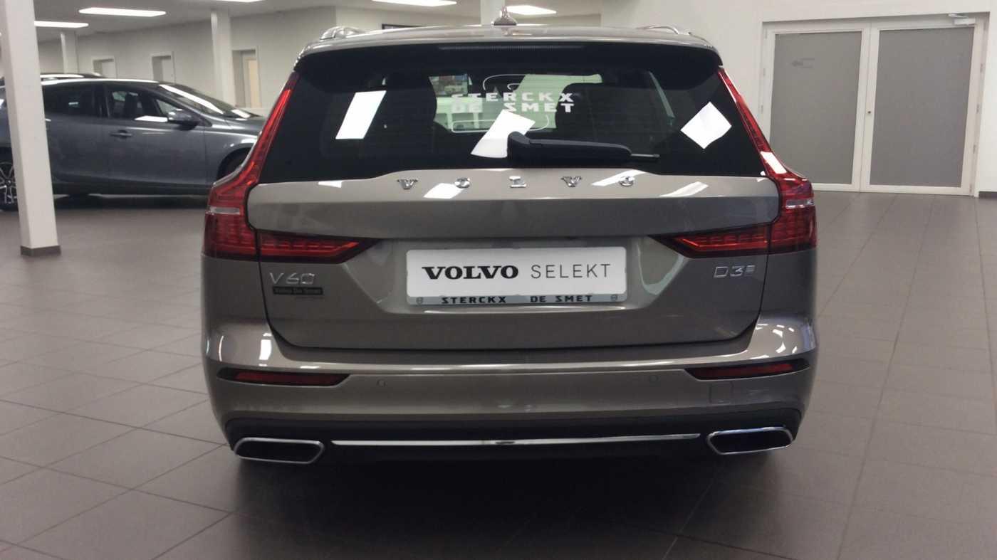 Volvo V60 Inscription D3 Geartronic + Navi + Intellisafe Pro + Xenium + Versatility + .... 11/24
