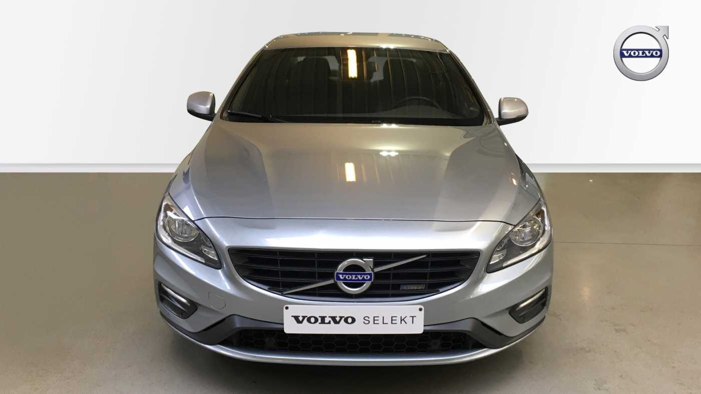 Volvo S60 D4 181pk AUT Kinetic R-Design, GPS, Park Assist Voor- en Achter 3/15