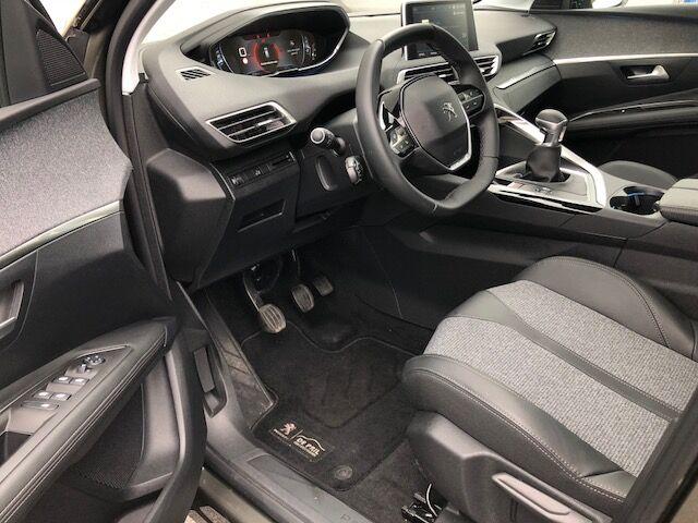Peugeot 3008 1.2 PureTech Allure (EU6.2) 6/10