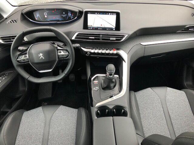 Peugeot 3008 1.2 PureTech Allure (EU6.2) 5/10