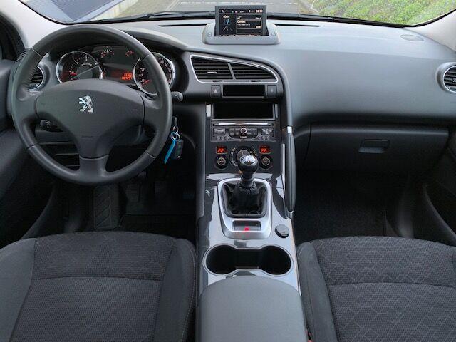 Peugeot 3008 1.6 BlueHDi Active 4/12