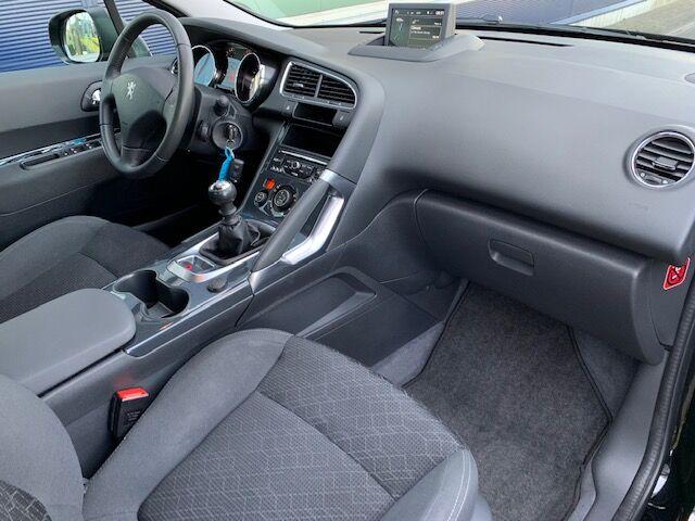 Peugeot 3008 1.6 BlueHDi Active 2/12