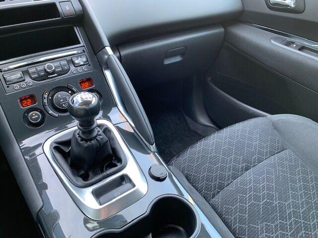 Peugeot 3008 1.6 BlueHDi Active 10/12