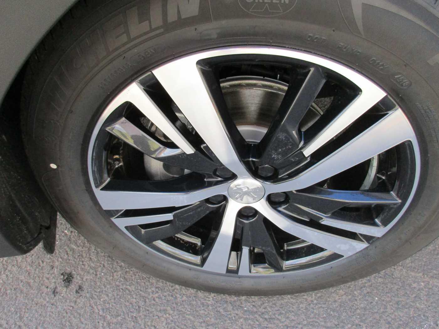 Peugeot 3008 1.6 BlueHDi Allure 10/12