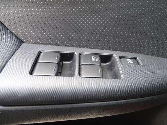 Nissan Note 1.5D // NAV - AC - HALFLEDER - CARPASS - GARANTIE 11/19