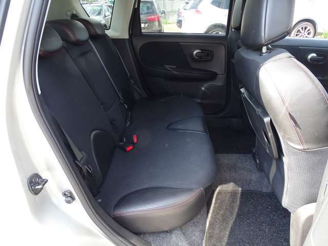 Nissan Note 1.5D // NAV - AC - HALFLEDER - CARPASS - GARANTIE 9/19