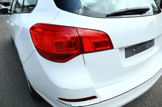 Opel Astra Sports Tourer 1.6 CDTi BREAK ECOTEC D Dynamic AIRCO NAVIGATION 15/25