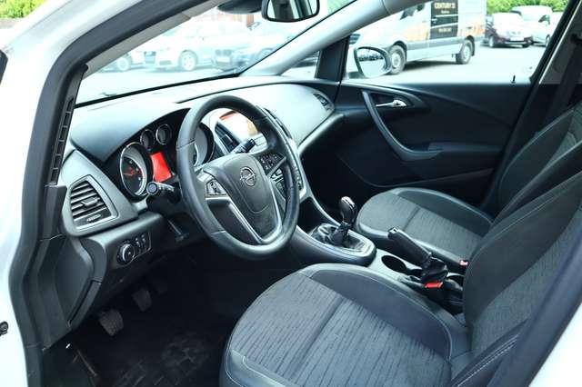 Opel Astra Sports Tourer 1.6 CDTi BREAK ECOTEC D Dynamic AIRCO NAVIGATION 2/25