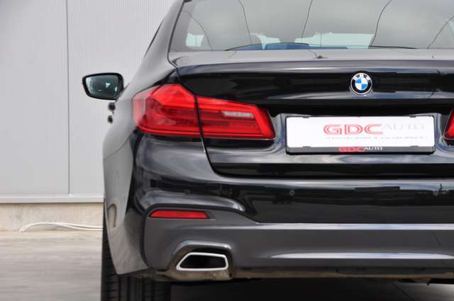 BMW 520 Saloon M-PACK 14/28