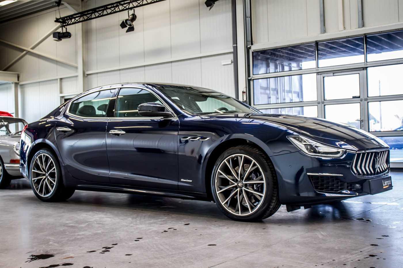 Maserati Ghibli Diesel GranLusso Keyless Sports Exhaust LED Camera 2/29