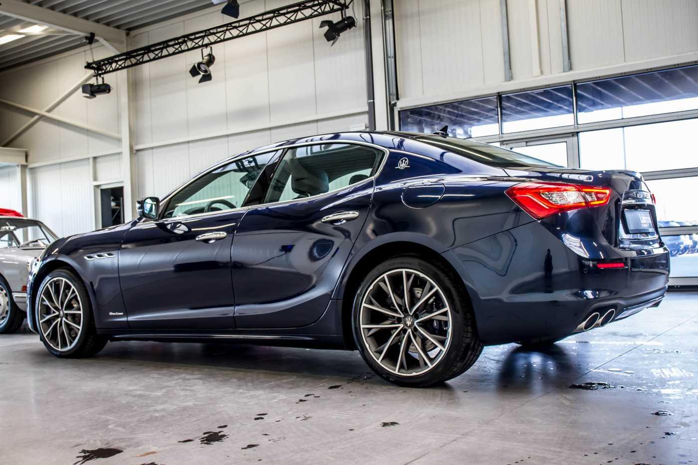 Maserati Ghibli Diesel GranLusso Keyless Sports Exhaust LED Camera 4/29